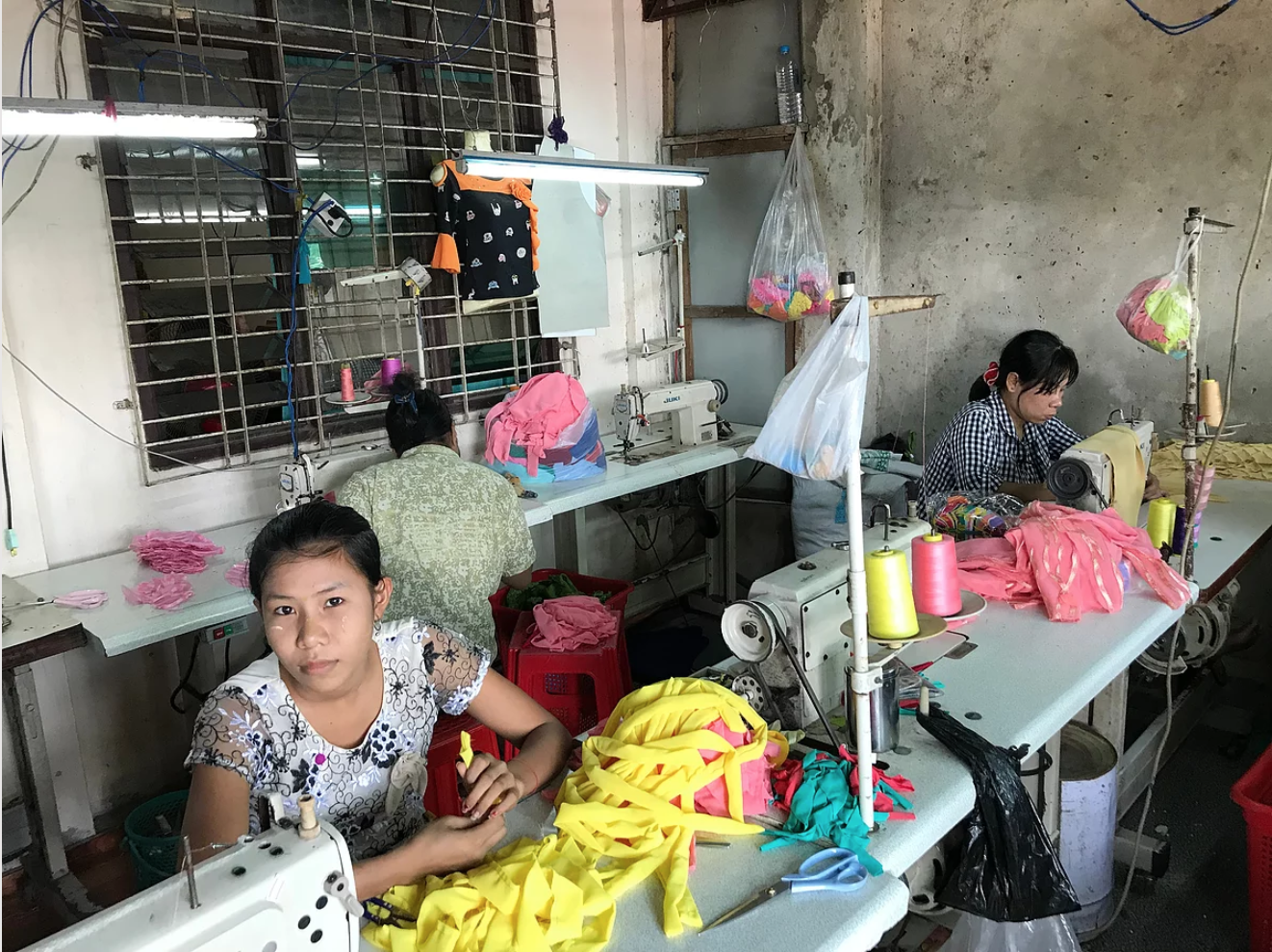 Myanmar-woman-at-work